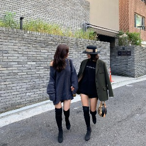 AAV X Minimore Thigh high knit socks boots